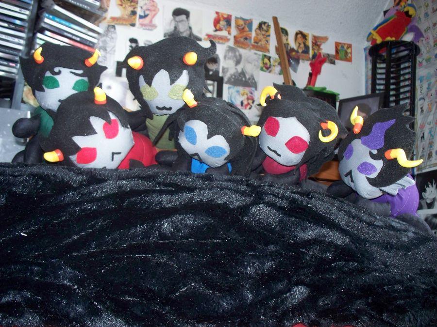 Grub plushies by Koji45