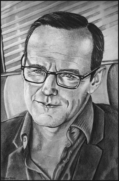 Agent Phil Coulson by scaryscenes