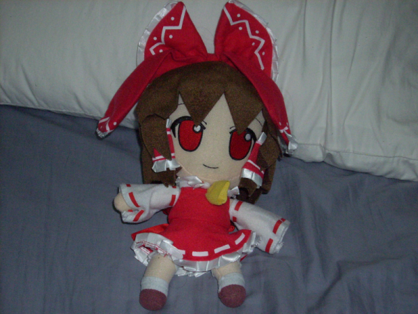 Reimu Plush by TouhouProjectFan22