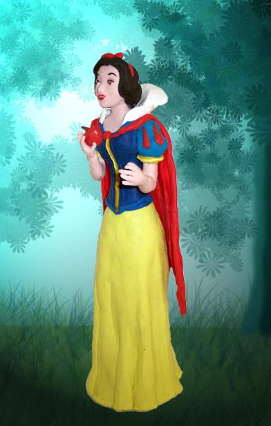 Snow White by Xiakeyra